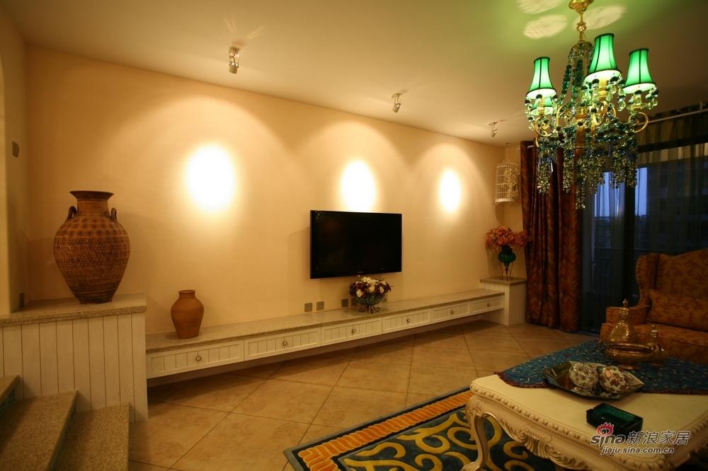 地中海 四居 客厅图片来自用户2756243717在【高清】典雅怀旧风183平地中海风格17的分享