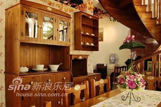 欧式 别墅 餐厅图片来自用户2746869241在古朴雅致的欧美乡村风45的分享
