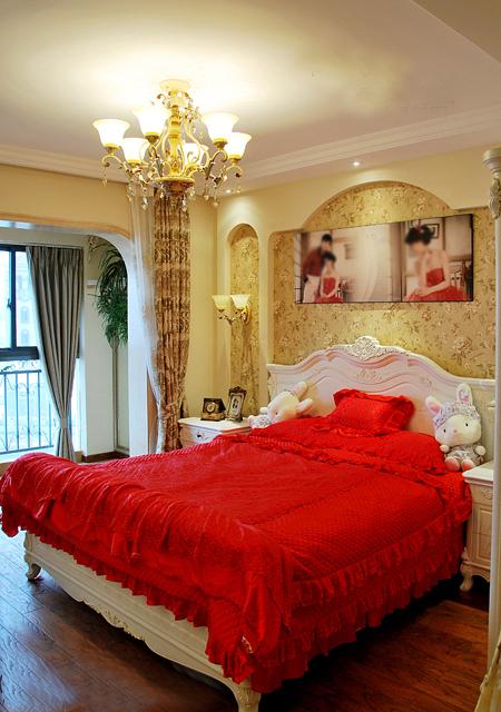 卧室 红色系 欧式图片来自用户2772856065在我的专辑179387的分享