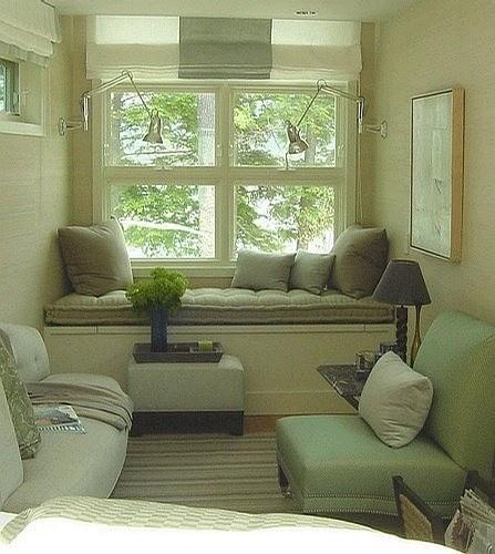 下次我也要这么装修家里的大飘窗~~坐着上面读书看风景该多么惬意啊~~
