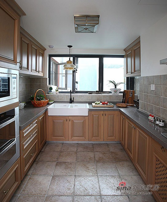 现代 三居 厨房图片来自用户1907684993在12万装混搭时髦夫妻大3居40的分享