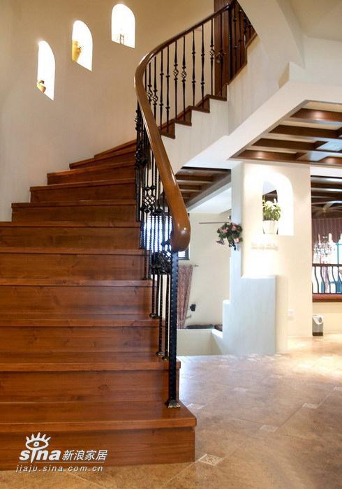 其他 复式 楼梯图片来自用户2557963305在300平复式极致华丽(3)37的分享