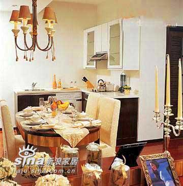 欧式 二居 餐厅图片来自用户2746948411在小户型也能装出豪宅感觉96的分享