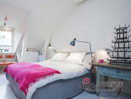 卧室整体以白色沉底