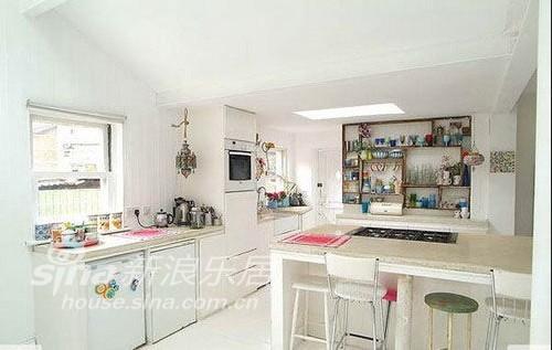 欧式 别墅 客厅图片来自用户2745758987在田园混搭49的分享