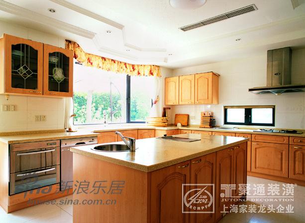 欧式 别墅 客厅图片来自用户2746948411在棕榈泉别墅-聚通装潢33的分享