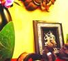 印尼的木雕,泰国的锡器可以拿来作为重点装饰,即使随意摆设,也能平添几分神秘气质。做工精细,设计巧妙的拱形烛台,给家带来宁静