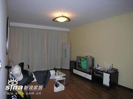 其他 三居 客厅图片来自用户2558757937在五万元改造旧屋 新旧前后大对比19的分享