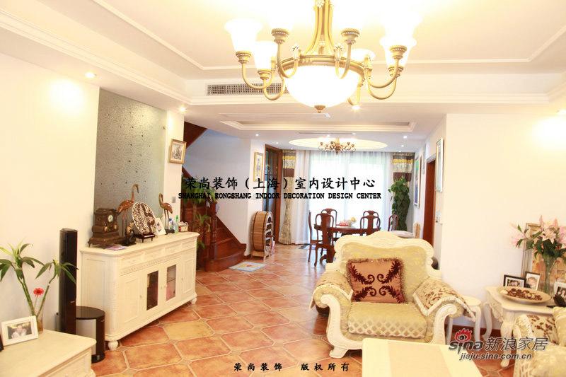 欧式 复式 客厅图片来自用户2746869241在15万装修典雅尊贵欧式复式婚房78的分享