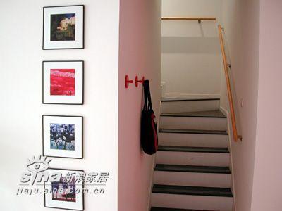 简约 二居 楼梯图片来自用户2739081033在时尚温馨小屋一82的分享