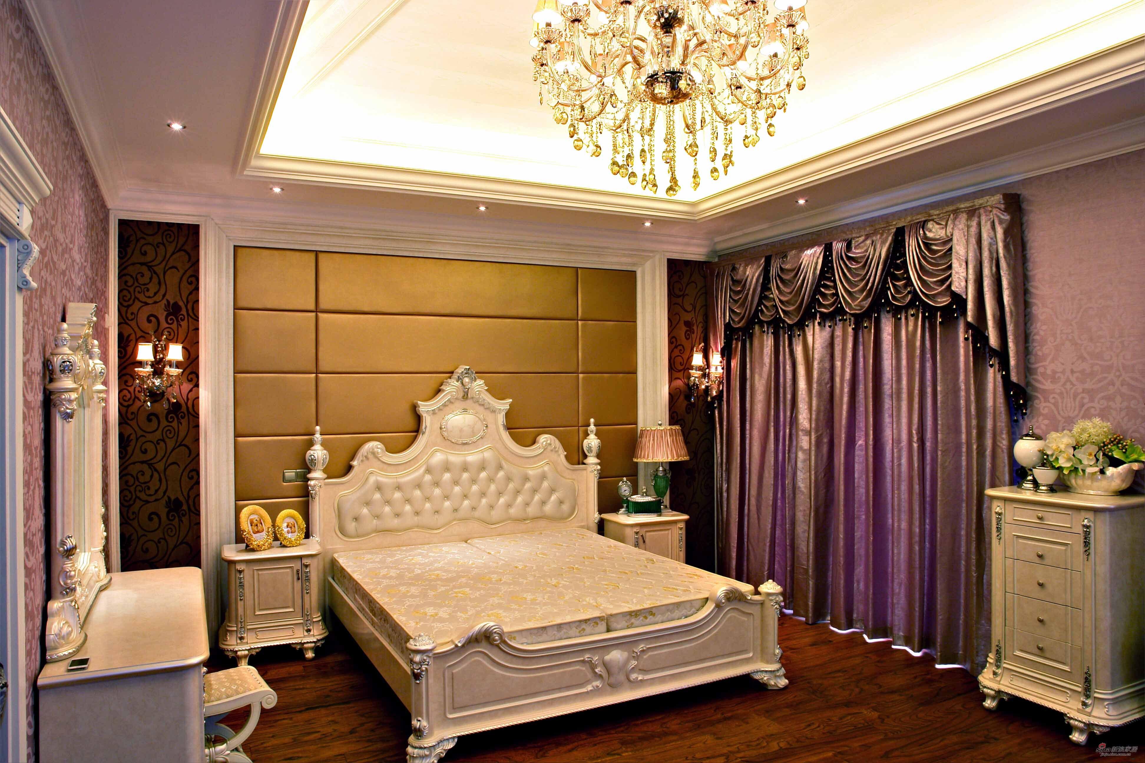 混搭 别墅 卧室图片来自用户1907691673在【高清】300平高贵典雅大气混搭豪宅49的分享