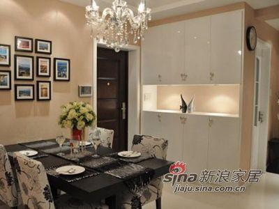 简约 三居 餐厅图片来自用户2738813661在15万巧装113平现代简约时尚家33的分享