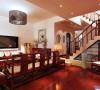 1楼客厅,略带中式古典气质
