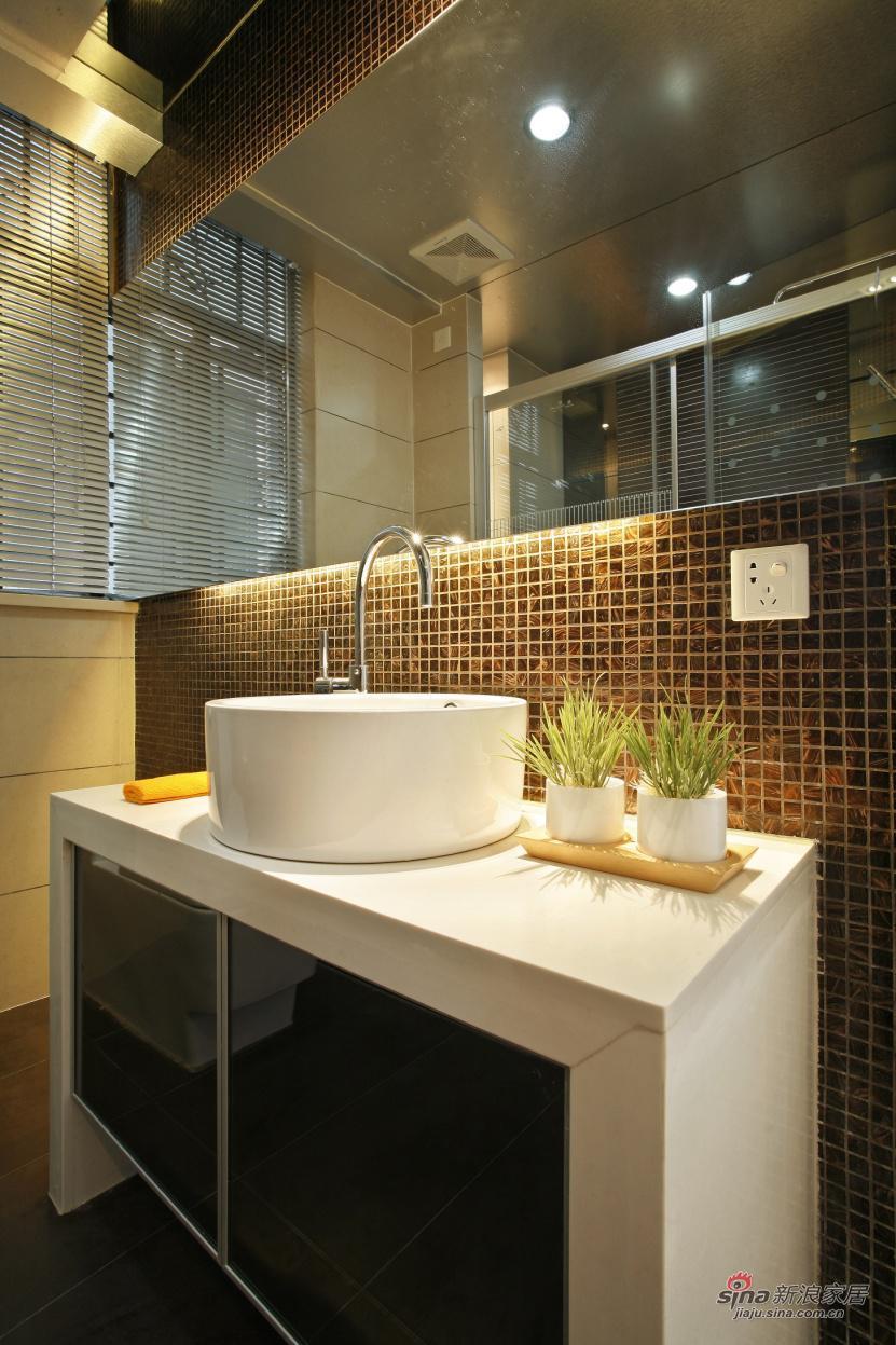 简约 复式 卫生间图片来自用户2739081033在山语城(190平米)现代简约设计案例37的分享