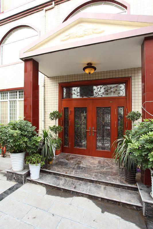 欧式 复式 阳台图片来自用户2557013183在330平米美式乡村风格舞者之家-赛洛公馆41的分享