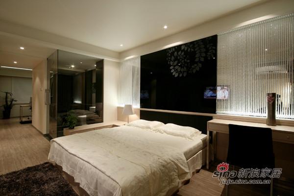 简约 三居 客厅图片来自用户2738829145在北岸布鲁斯80'S后现代主义28的分享