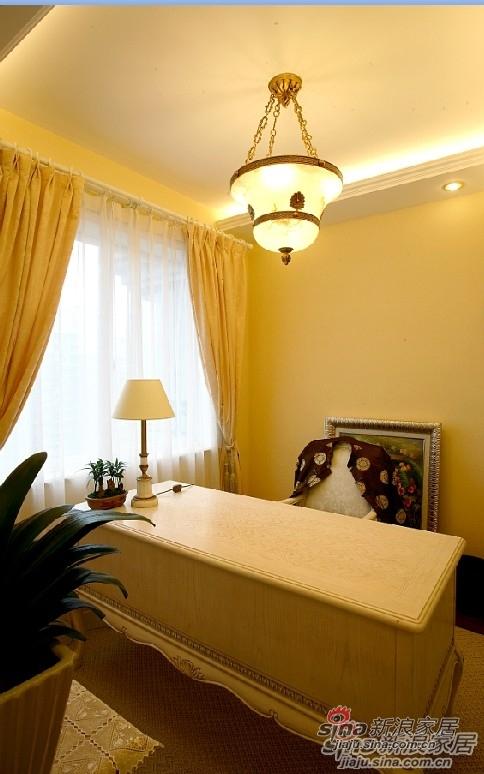 欧式 三居 卧室图片来自用户2557013183在【多图】海棠湾欧美风格设计69的分享