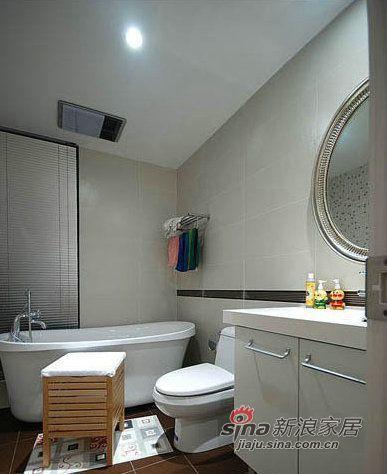 简约 三居 卫生间图片来自用户2738093703在7万装修95平浪漫简约3居74的分享