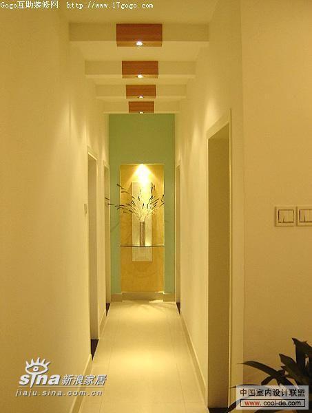 简约 一居 玄关图片来自用户2745807237在玄关精巧设计 房子里第一道美丽风景线265的分享