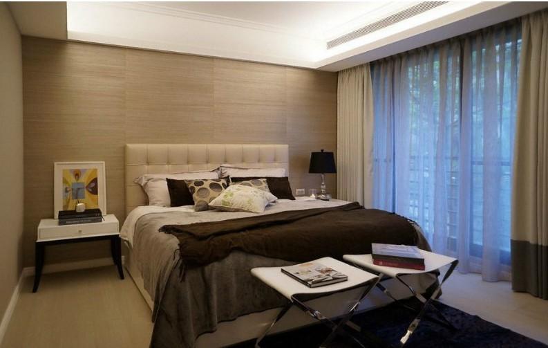 欧式 三居 卧室图片来自用户2746953981在【多图】精装欧式实景200平大三居16的分享