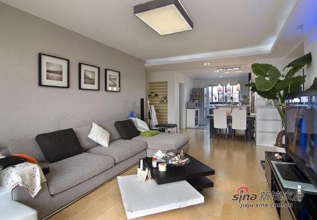 简约 三居 客厅图片来自用户2738829145在巧用103平现代三房装别墅范儿81的分享