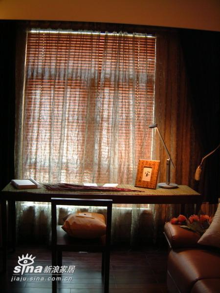 中式 四居 书房图片来自wulijuan_16在宁静致远44的分享