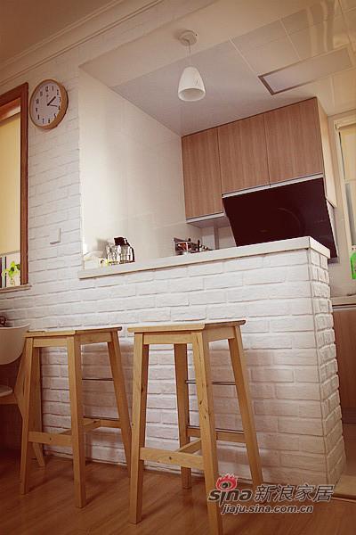 简约 一居 客厅图片来自用户2737735823在50平简约质朴风美甜蜜小屋50的分享