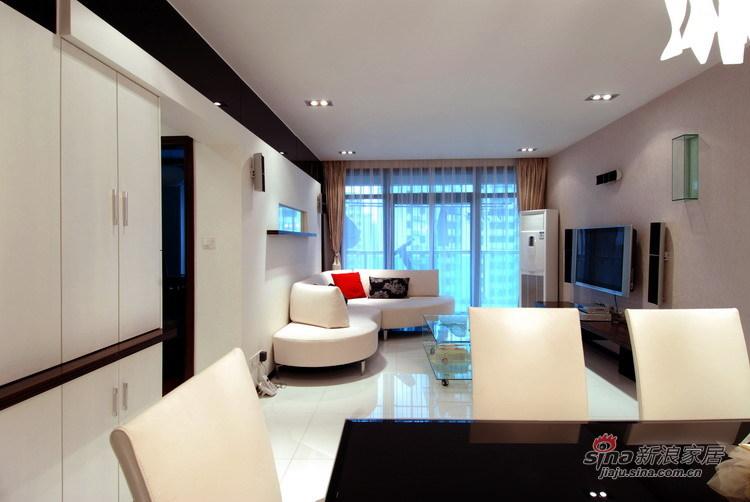 简约 公寓 客厅图片来自用户2559456651在73平简约温馨的白40的分享