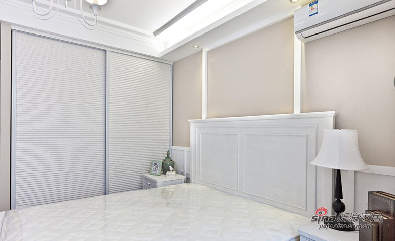 混搭 三居 卧室图片来自用户1907691673在精品简欧实景150平米大三居97的分享