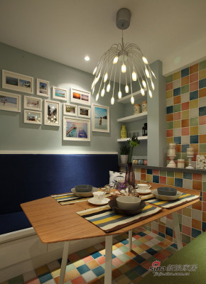 现代 三居 餐厅 文艺青年图片来自装修微日记在【高清】15万营造87平简约时尚潮居85的分享