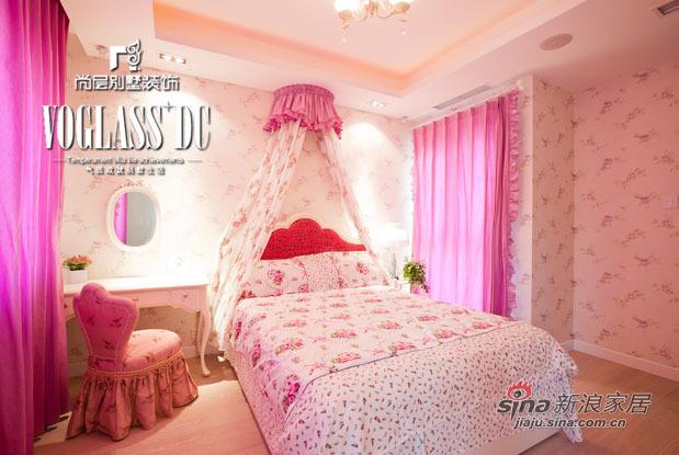 混搭 别墅 卧室图片来自用户1907655435在370平米混搭风格装修45的分享