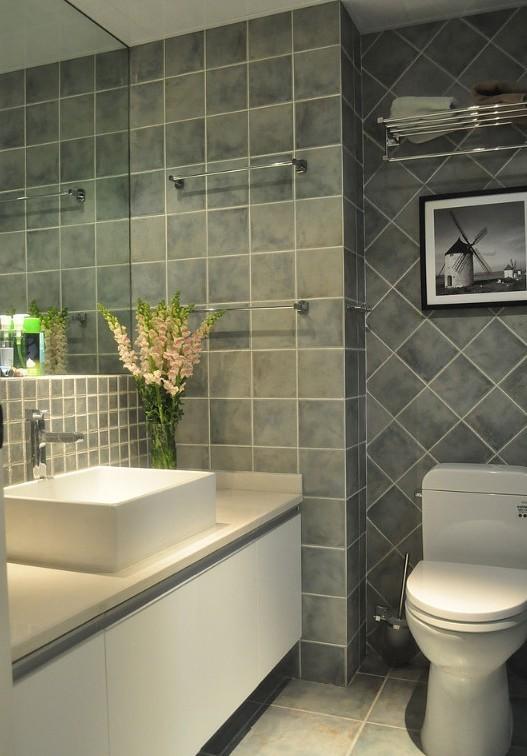 美式 二居 卫生间图片来自用户1907686233在7.2万铸造美式田园风格120平loft45的分享