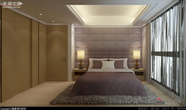 造型壁面隐藏进入更衣室及卫浴的门片