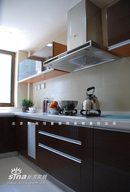 简约 二居 厨房图片来自用户2556216825在珠江帝景售楼处样板间22的分享