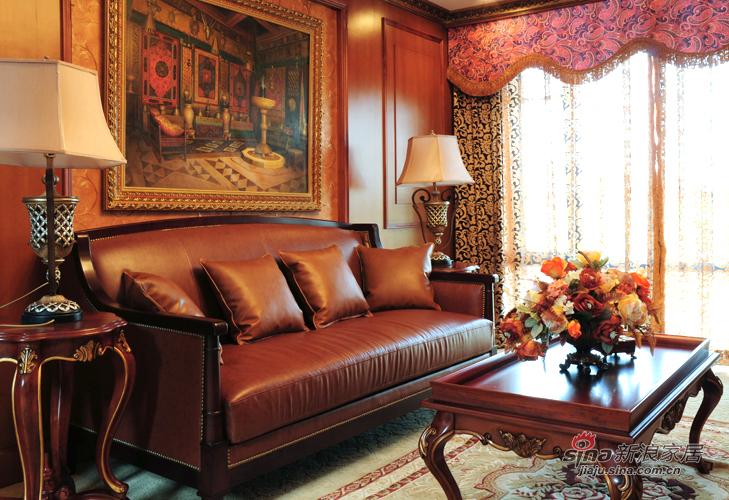新古典 别墅 客厅图片来自用户1907664341在456平深色系古典雅致空间的分享