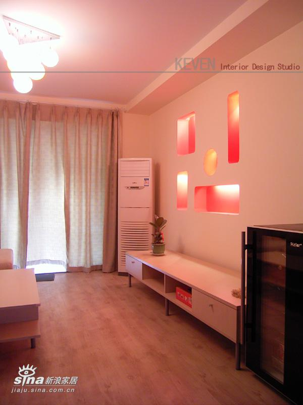 简约 二居 客厅图片来自用户2557979841在经典2房小空间的改造--aircf的新居--KEVEN设计48的分享
