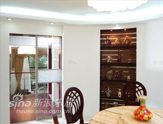 简约 一居 客厅图片来自用户2738093703在无处不在的优雅感受87的分享