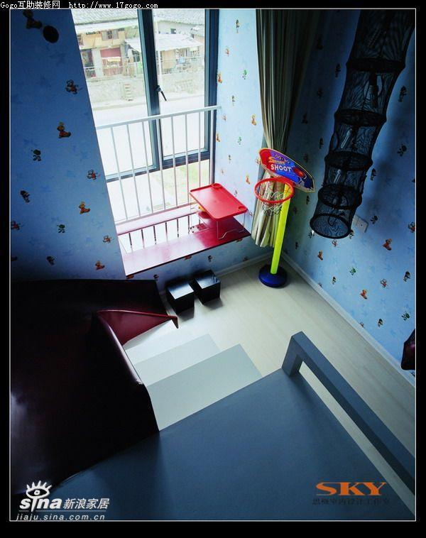简约 复式 儿童房图片来自用户2745807237在时尚风向标—红黑白演绎89的分享