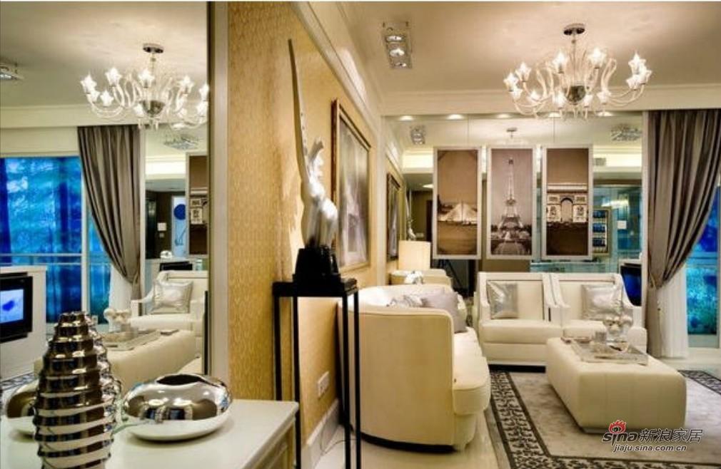 港式 三居 客厅图片来自用户1907650565在143平银色巴黎之家92的分享