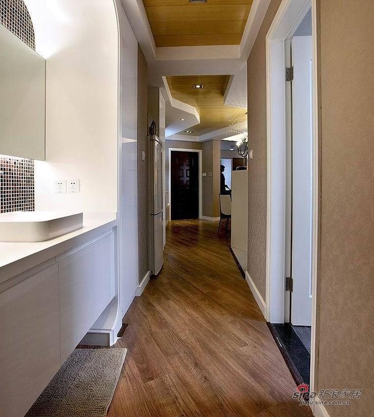 欧式 二居 卫生间图片来自用户2745758987在爱人18万装86平黑白低奢华婚房14的分享