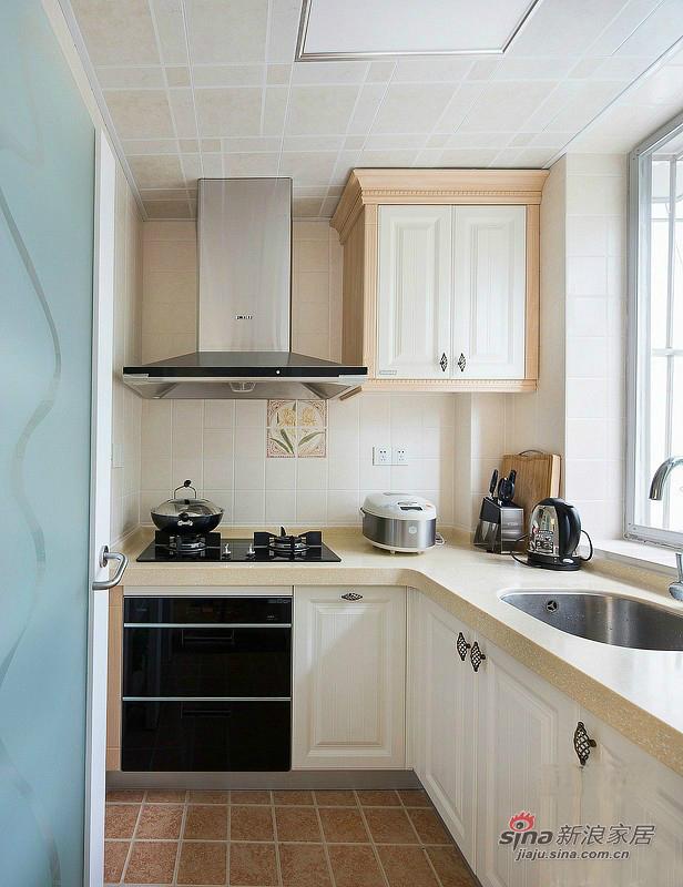 简约 一居 厨房图片来自用户2557010253在3.4万打造 融科贻锦台 73平 一居  现代简约18的分享