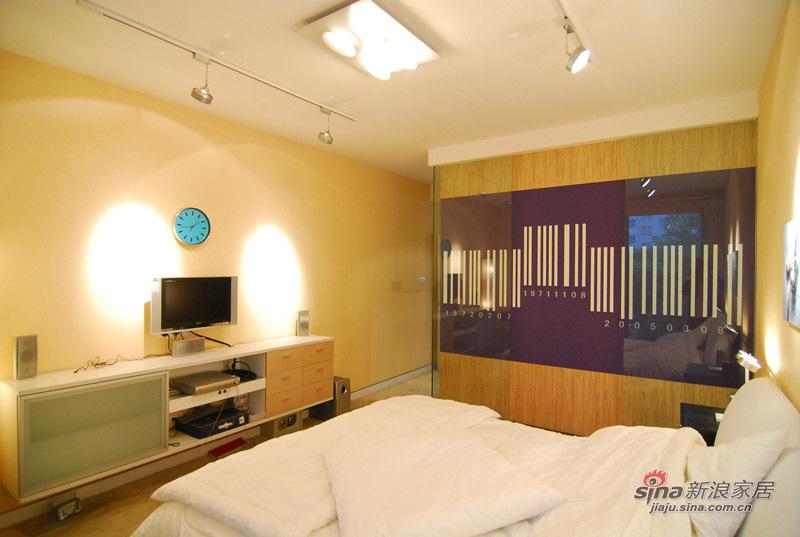 简约 三居 卧室图片来自用户2739153147在25万软装低调奢华的现代简约风尚美家74的分享