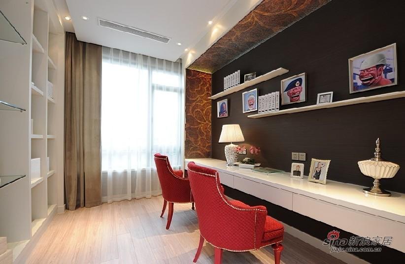 欧式 三居 书房图片来自用户2772856065在展现300平高雅经典别墅10的分享