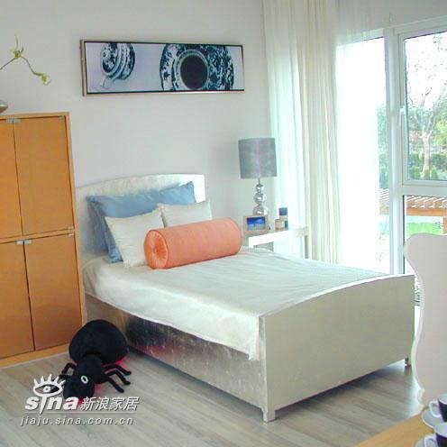 简约 别墅 卧室图片来自用户2739081033在上海佘山花园68的分享