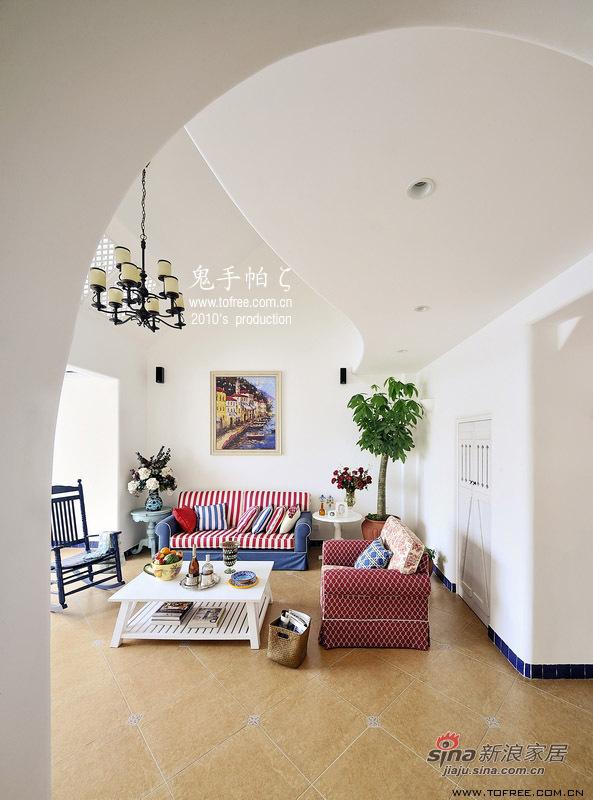 地中海 复式 客厅图片来自用户2757320995在220平慵懒午后时光 恬淡地中海复式20的分享