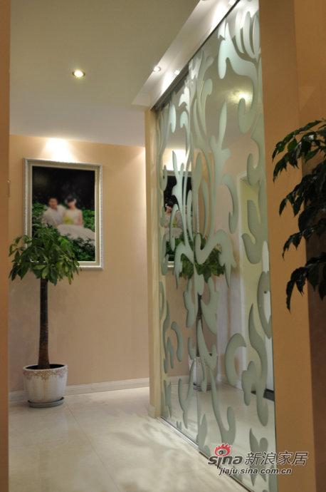 简约 三居 玄关图片来自佰辰生活装饰在8万打造94平时尚现代3居室44的分享