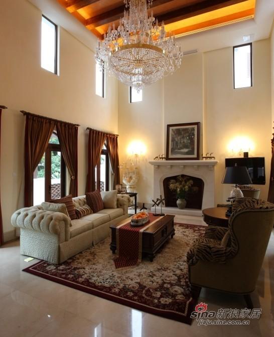 欧式 别墅 客厅图片来自用户2745758987在开阔柔美的豪宅式别墅84的分享