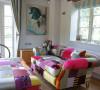 沙发也要玩色彩 抢占客厅主角地位