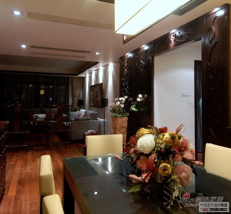 中式 三居 客厅图片来自用户1907658205在在单层公寓中继续中式风格的延续20的分享