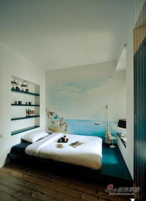 现代 loft 卧室 文艺青年图片来自装修微日记在【高清】83平黑白酷炫时尚现代loft38的分享